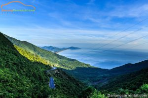 Discover the beauty of Hai Van Pass