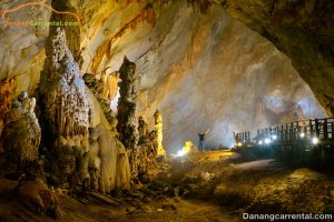 Visiting 7km inside the Thien Duong Cave