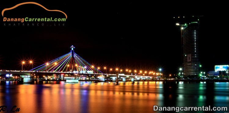 Discover the beauty of Han river at night