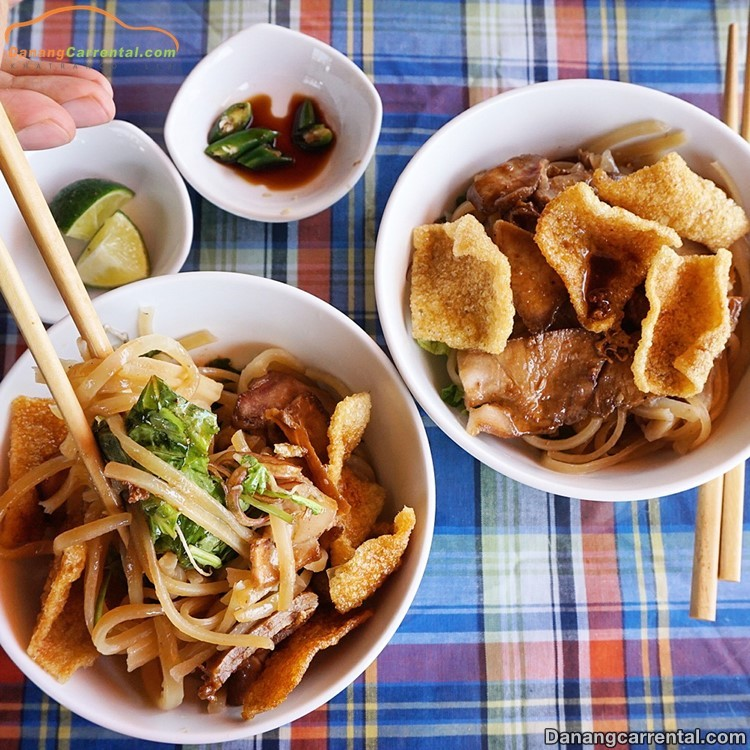 Cao Lầu, Hoi An Food