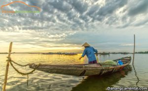 The life of people in Tam Giang lagoon