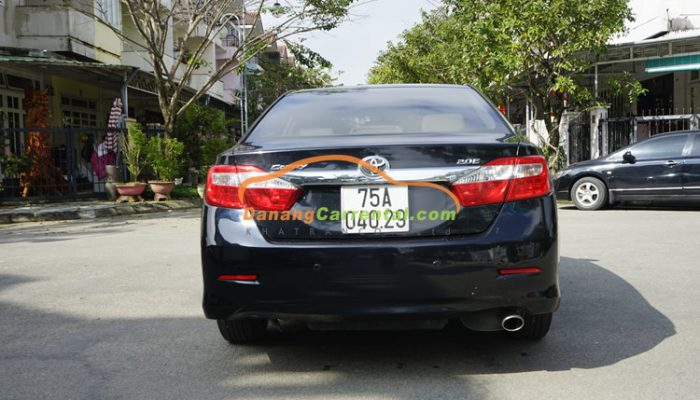 rental Toyota Camry from danang to hue
