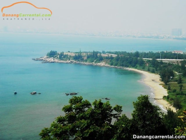 Car rental from Da Nang
